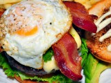 Southern Style Burger | The 19th Hole Bar and grille | Green Valley restaurant